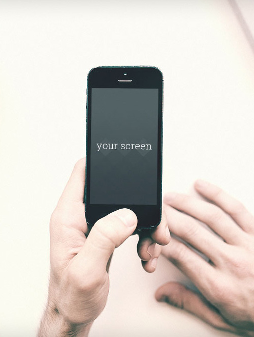 Free-Iphone5-photorealistic-mockups-1